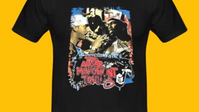 Photo of T-shirt black printing ink black t-shirt on frustration
