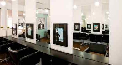 Photo of How To Behave In A Hair Salon Melbourne While Going To Get A Haircut?